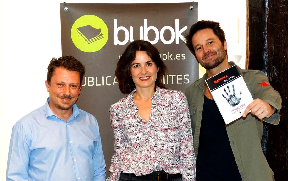 """""""Rehenes"""" de Phil Camino, recibe el VI Premio de Creación Literaria de Bubok"""