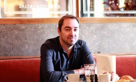 Lector del Mes: Nando López, Premio Gran Angular 2020