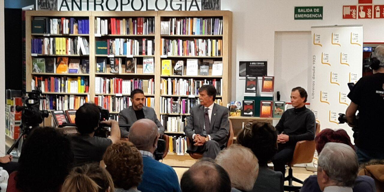 Javier Urra y Paulo Cosín, protagonistas del último A DOBLE ESPACIO del año