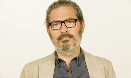 """Lector del mes: Alberto Martínez, director y presentador de """"El Ojo Crítico"""" (RNE)"""