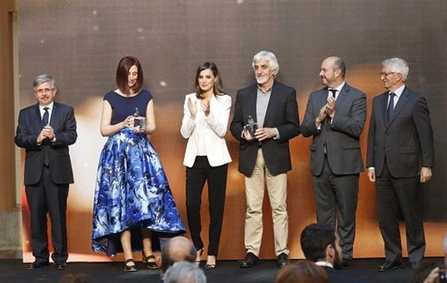 Doña Letizia ensalza la valentía de las protagonistas de las novelas galardonadas en los Premios SM 2019