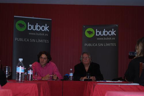 Vázquez Figueroa publica su nuevo libro en exclusiva con Bubok