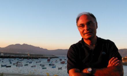 Francisco Fernández Naval autor del best seller «O bosque das antas»